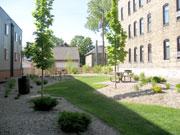 A friendly courtyard area on Selby Ave in St Paul.